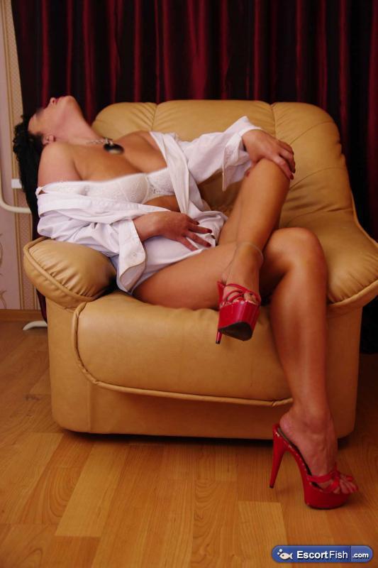 prostitutki-individualki-g-azova-telefoni